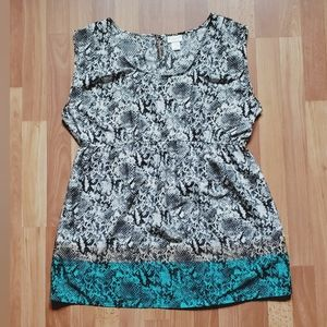 Motherhood snake print blouse